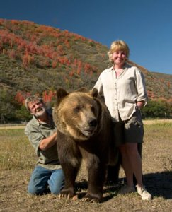 Photo of Doug and Lynne Seus with Tank the Bear in Utah