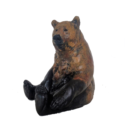 Sculpture of sitting grizzly bear